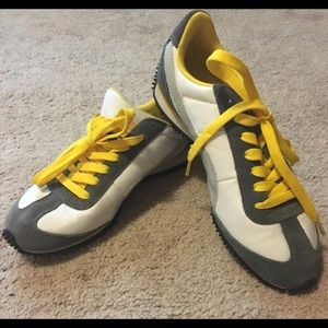 Shoes - PUMA sneakers